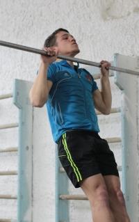 Ученик школы № 1 Малоярославца выиграл Спартакиаду допризывной молодёжи России, подтянувшись 48 раз!!!
