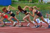 Муниципальные легкоатлеты состязались на «Юности»
