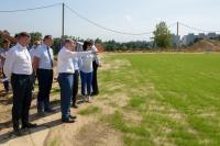 Глава региона ознакомился с ходом работ по строительству тренировочных площадок